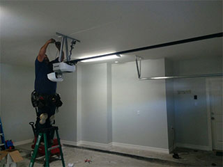Door Repair | Garage Door Repair Chicago, IL